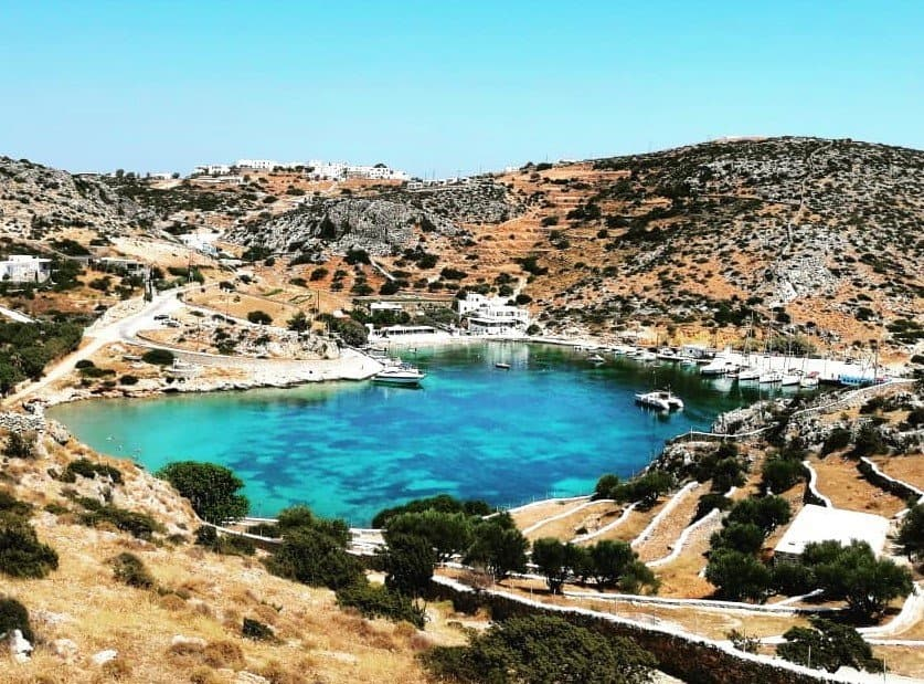 A GUIDE TO SCHINOUSSA ISLAND IN THE SMALL CYCLADES | GREECE TRAVEL SECRETS