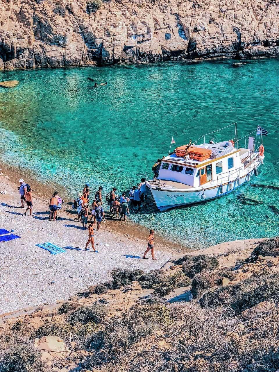 folegandros travel guide
